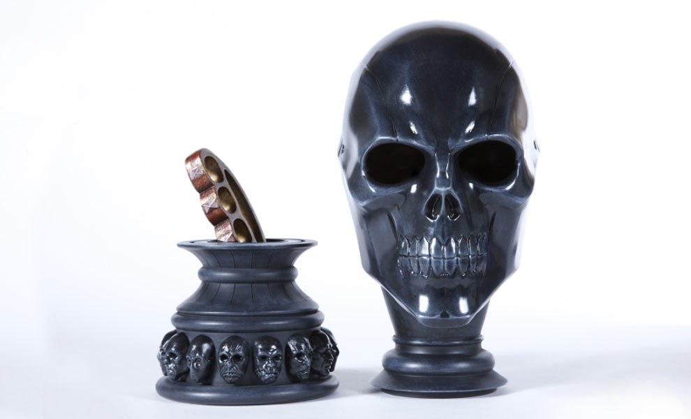 Gallery Feature Image of Black Mask Arsenal Prop Replica - Click to open image gallery