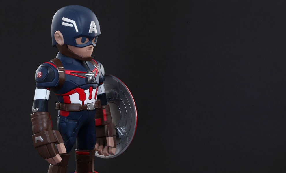 Gallery Feature Image of Captain America - Artist Mix Collectible Figure - Click to open image gallery