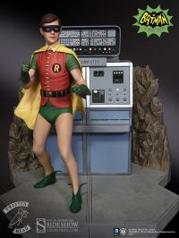Gallery Image of Robin the Boy Wonder Maquette Diorama