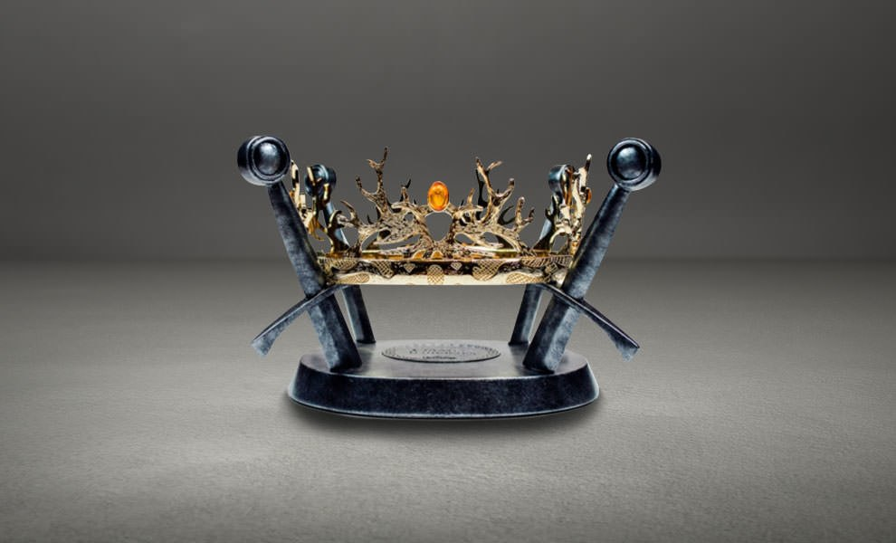 Gallery Feature Image of Royal Crown of the Houses Baratheon & Lannister Prop Replica - Click to open image gallery