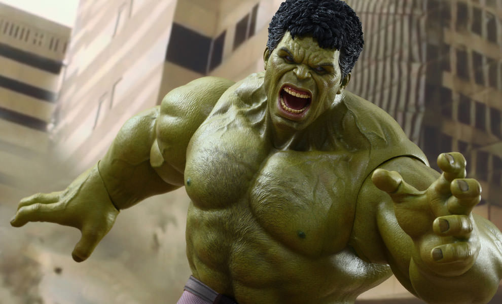Gallery Feature Image of Hulk Sixth Scale Figure - Click to open image gallery