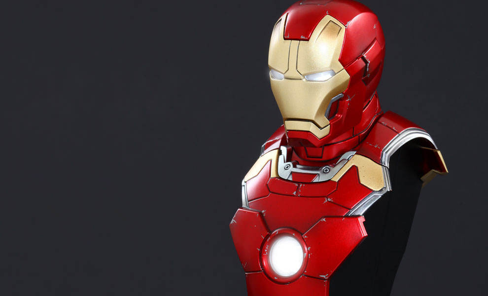 Gallery Feature Image of Iron Man Mark XLIII Collectible Bust - Click to open image gallery