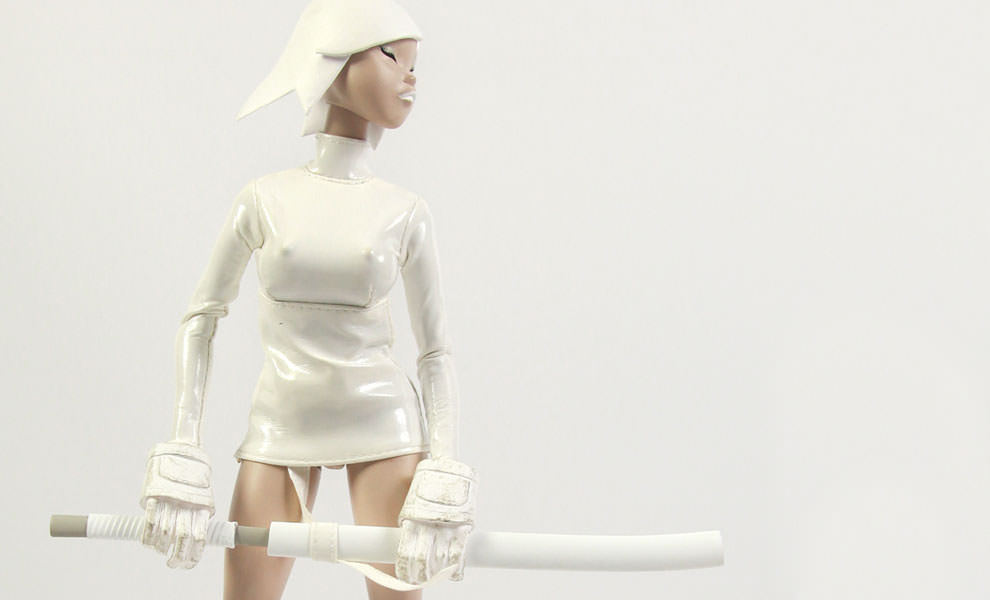 Gallery Feature Image of Tomorrow Queens Call Echo - SAIGO White Version Sixth Scale Figure - Click to open image gallery