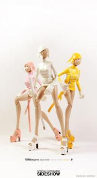 Gallery Image of Tomorrow Queens Call Echo - SAIGO White Version Sixth Scale Figure