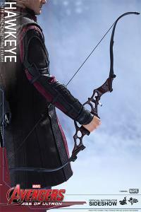 Gallery Image of Hawkeye Sixth Scale Figure