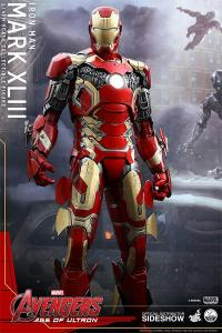 Gallery Image of Iron Man Mark XLIII Quarter Scale Figure