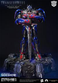 Gallery Image of Optimus Prime Knight Edition Polystone Statue