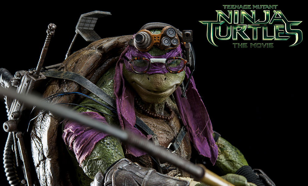 Gallery Feature Image of Donatello Sixth Scale Figure - Click to open image gallery
