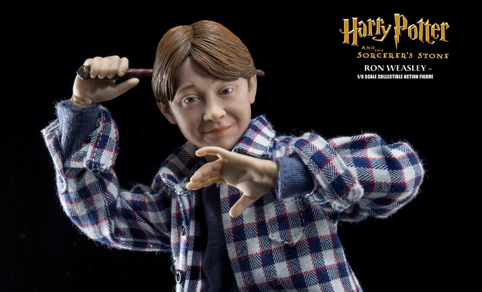Gallery Feature Image of Ron Weasley Casual Wear Sixth Scale Figure - Click to open image gallery