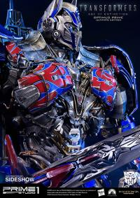 Gallery Image of Optimus Prime Ultimate Edition Polystone Statue