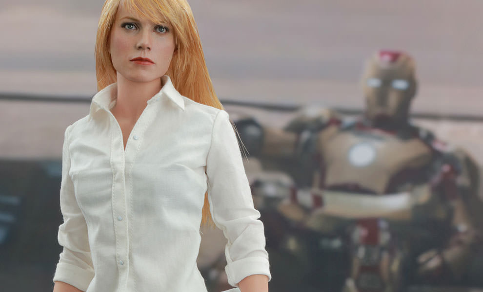 Gallery Feature Image of Pepper Potts Sixth Scale Figure - Click to open image gallery