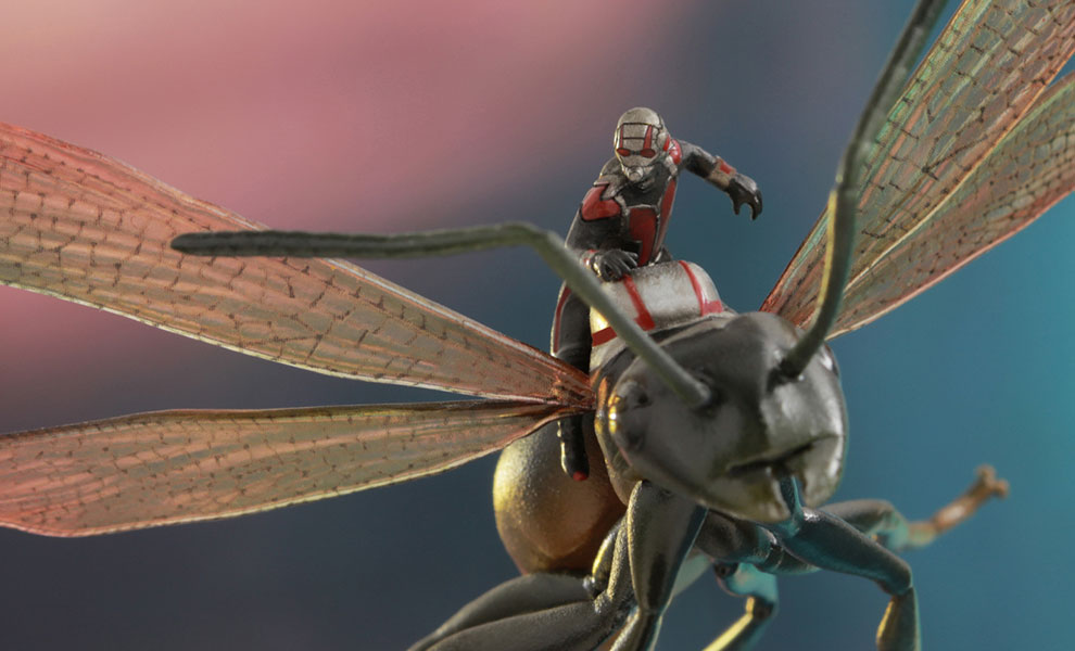 Gallery Feature Image of Ant-Man on Flying Ant Collectible Figure - Click to open image gallery