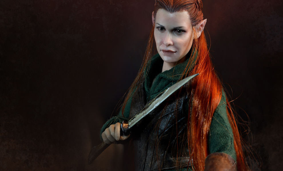 Gallery Feature Image of Tauriel Sixth Scale Figure - Click to open image gallery