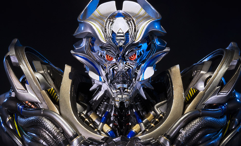 Gallery Feature Image of Galvatron Bust - Click to open image gallery