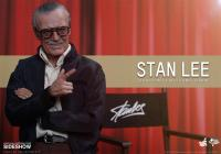 Gallery Image of Stan Lee Sixth Scale Figure