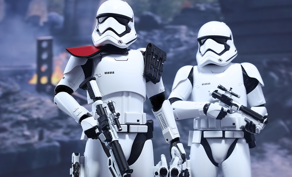 Gallery Feature Image of First Order Stormtrooper Officer and Stormtrooper  Sixth Scale Figure - Click to open image gallery