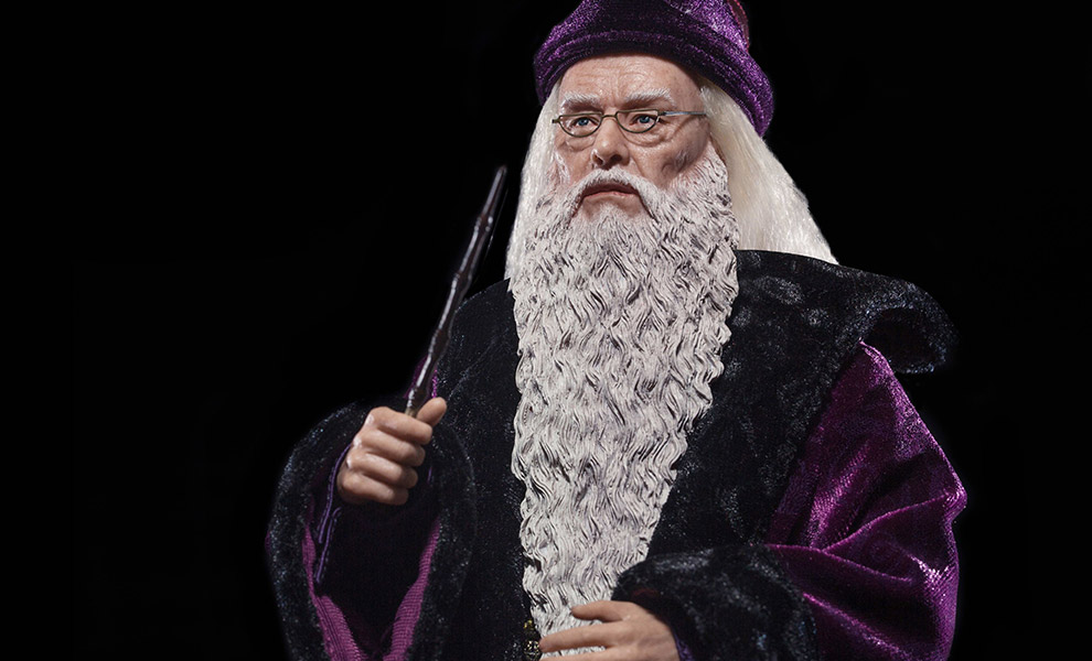 Gallery Feature Image of Albus Dumbledore Deluxe Version Sixth Scale Figure - Click to open image gallery