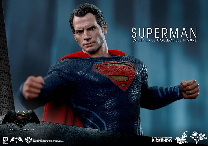 DC Comics Superman Sixth Scale Figure by Hot Toys