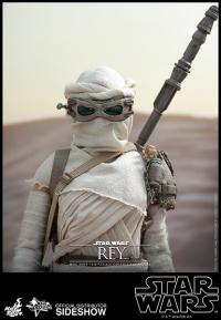 Gallery Image of Rey Sixth Scale Figure