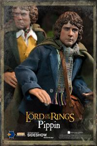 Gallery Image of Merry and Pippin Sixth Scale Figure