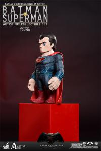Gallery Image of Batman and Superman Collectible Set