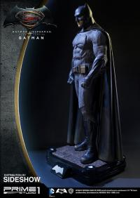Gallery Image of Batman Polystone Statue
