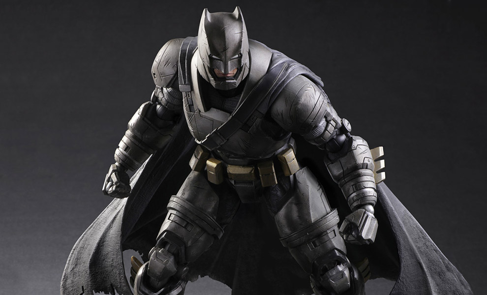Gallery Feature Image of Armored Batman Collectible Figure - Click to open image gallery