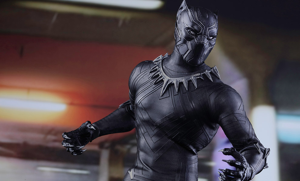 Gallery Feature Image of Black Panther Sixth Scale Figure - Click to open image gallery