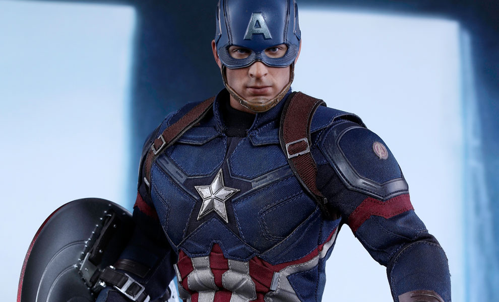 Gallery Feature Image of Captain America Battling Version Sixth Scale Figure - Click to open image gallery