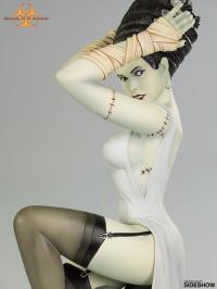 Gallery Image of Death Becomes Her Statue