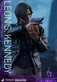 Gallery Image of Leon S Kennedy Sixth Scale Figure