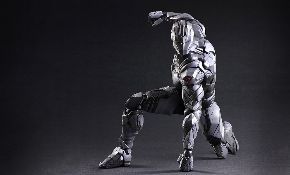 Gallery Feature Image of Iron Man Collectible Figure - Click to open image gallery