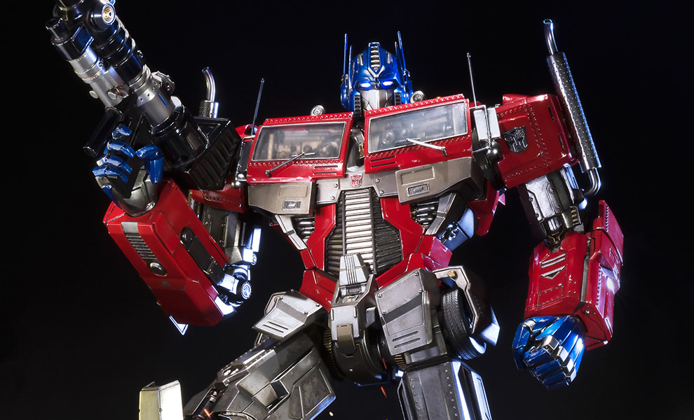 Gallery Feature Image of Optimus Prime Transformers Generation 1 Statue - Click to open image gallery