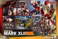Gallery Image of Iron Man Mark XLII Deluxe Version Quarter Scale Figure