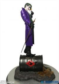 Gallery Image of Joker Statue