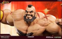 Gallery Image of Zangief Statue