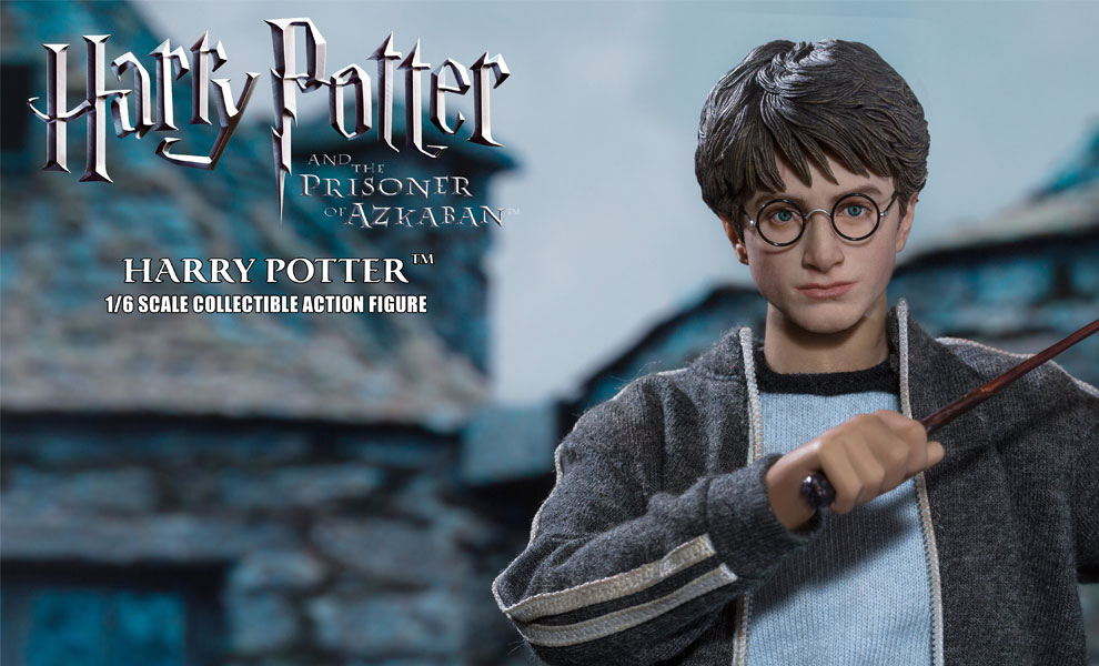 Gallery Feature Image of Harry Potter Teenage Version Sixth Scale Figure - Click to open image gallery
