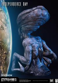 Gallery Image of Alien Life-Size Bust