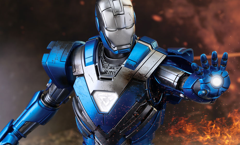 Gallery Feature Image of Iron Man Mark XXX - Blue Steel Sixth Scale Figure - Click to open image gallery