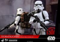 Gallery Image of Stormtroopers Sixth Scale Figure