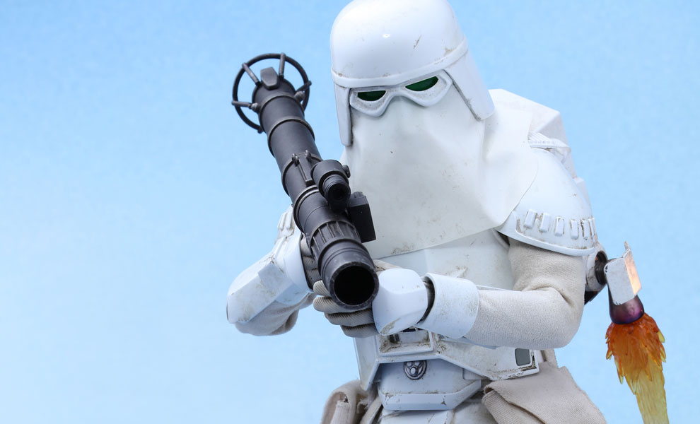 Gallery Feature Image of Snowtrooper Deluxe Version Sixth Scale Figure - Click to open image gallery
