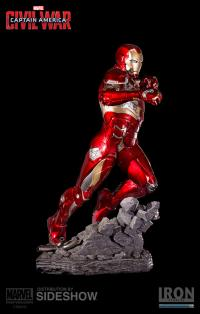 Gallery Image of Iron Man Mark XLVI Statue