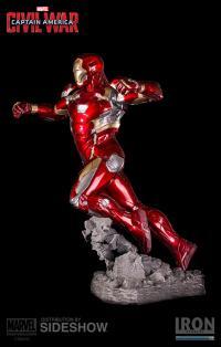 Gallery Image of Iron Man Mark XLVI Statue