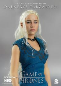 Gallery Image of Daenerys Targaryen Sixth Scale Figure