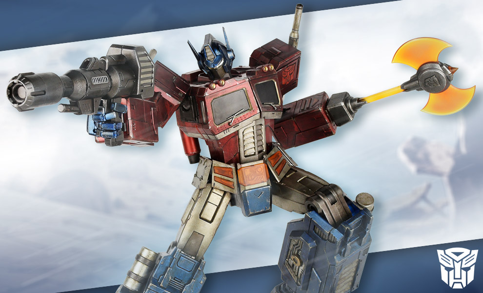 Gallery Feature Image of Optimus Prime Classic Edition Collectible Figure - Click to open image gallery