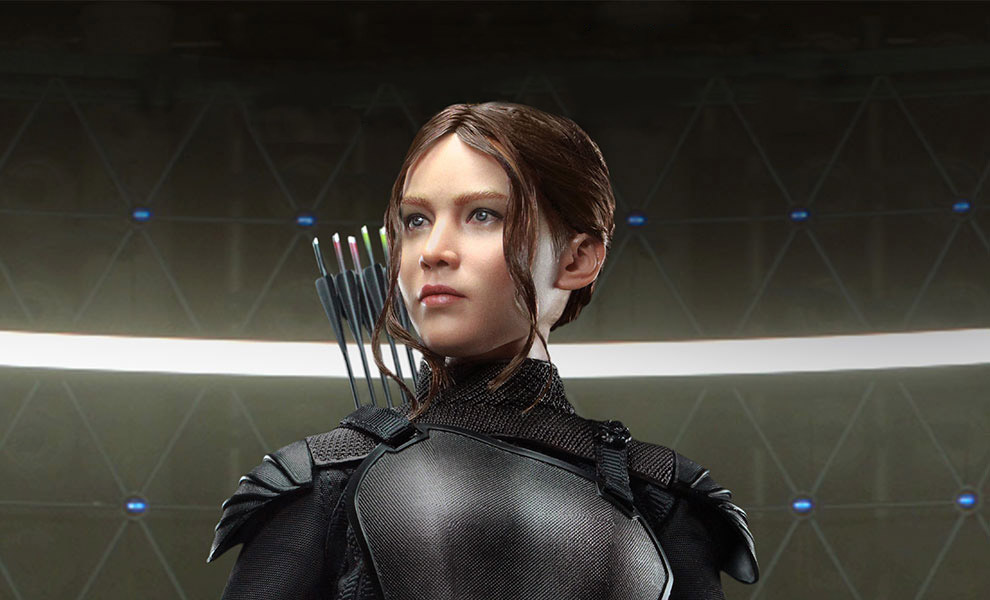 Gallery Feature Image of Katniss Everdeen Sixth Scale Figure - Click to open image gallery