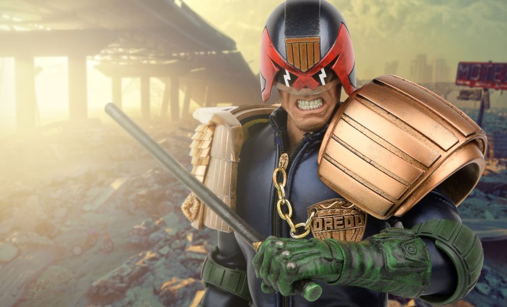 Gallery Feature Image of Apocalypse War Judge Dredd Sixth Scale Figure - Click to open image gallery