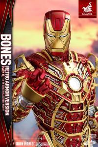 Gallery Image of Iron Man Mark XLI - Bones Retro Armor Version Sixth Scale Figure