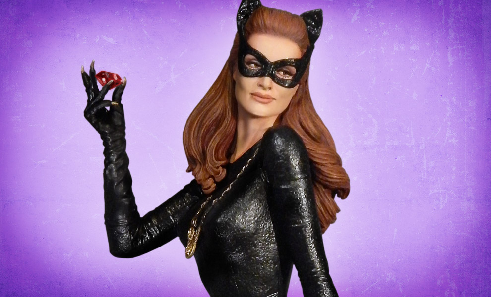 Gallery Feature Image of Catwoman Ruby Edition Variant Maquette - Click to open image gallery