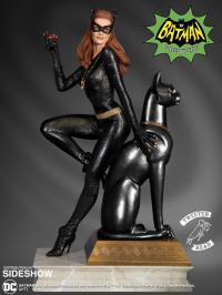 Gallery Image of Catwoman Ruby Edition Variant Maquette